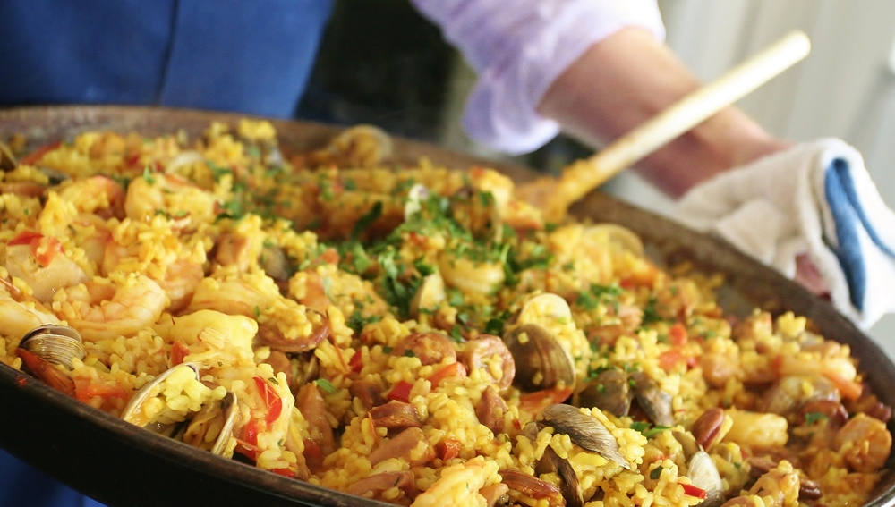 Spanish Rice with Chicken, Shrimp, Chorizo and Clams (Paella) on ...
