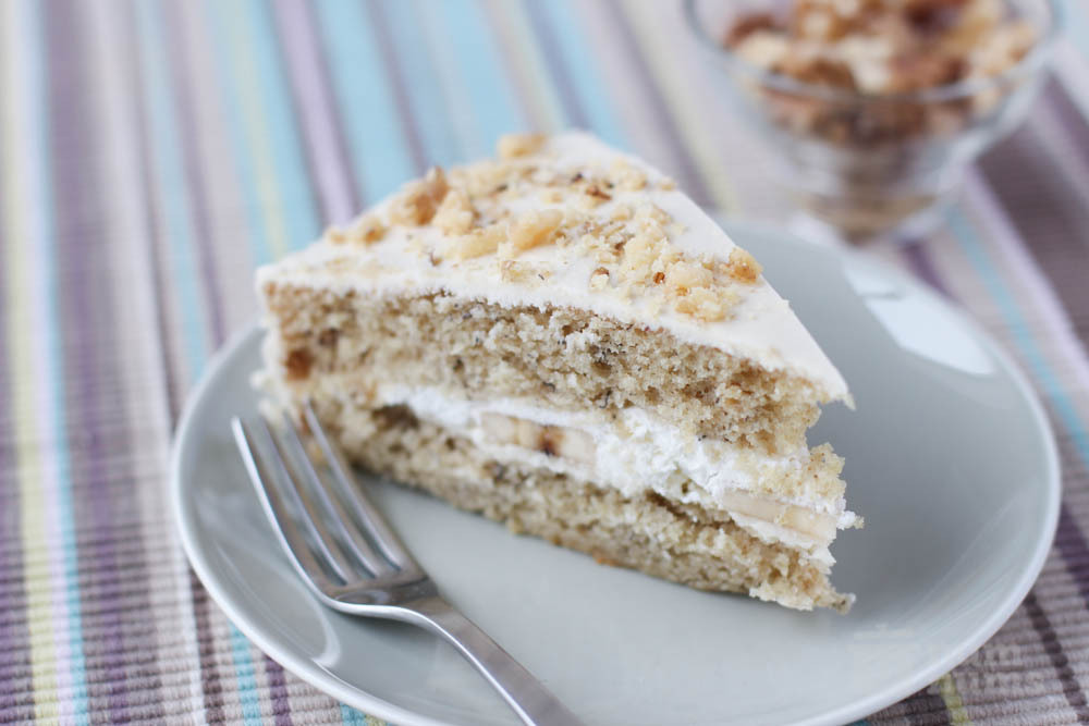 mother-in-law\'s banana cake with mascarpone filling