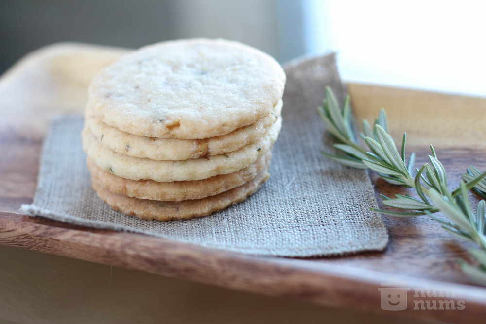 ryan scott\'s pine nut rosemary shortbread