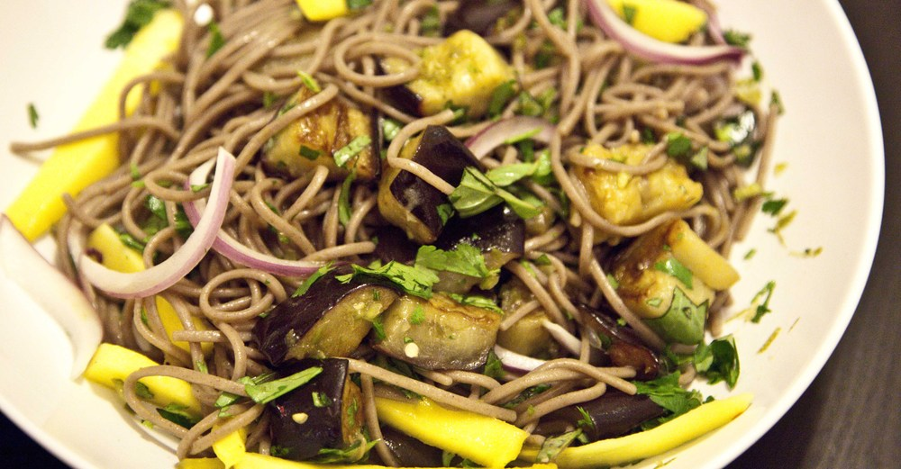 Soba noodles with eggplant and mango on numnums.com